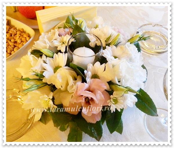 Aranjamente florale mese.3989